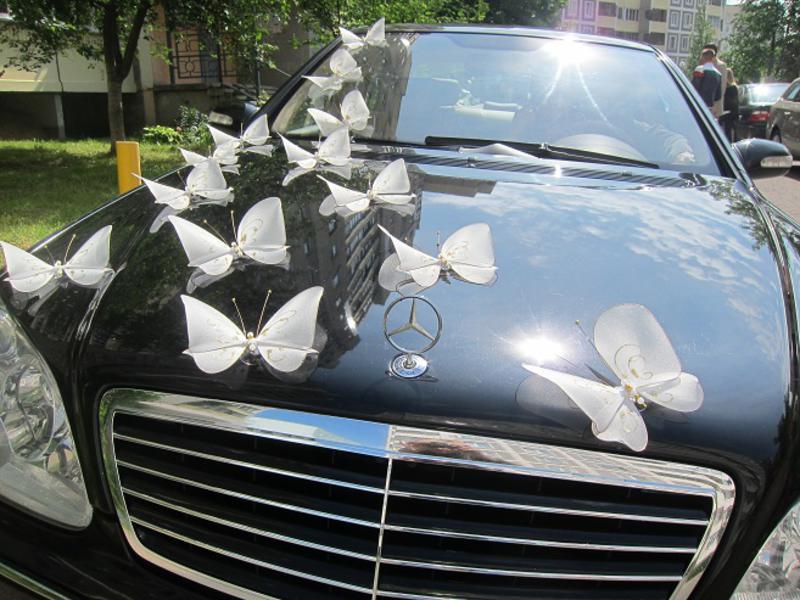 Украшение авто свадебного